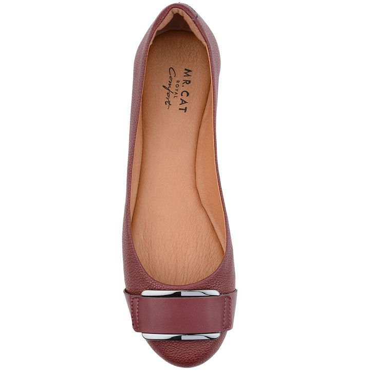 ef77f37113 ... SAPATILHA-FIVELA-ROYAL-COMFORTOVH1. Next. 1  2. Mr Cat · Feminino   Sapatos  Sapatilhas